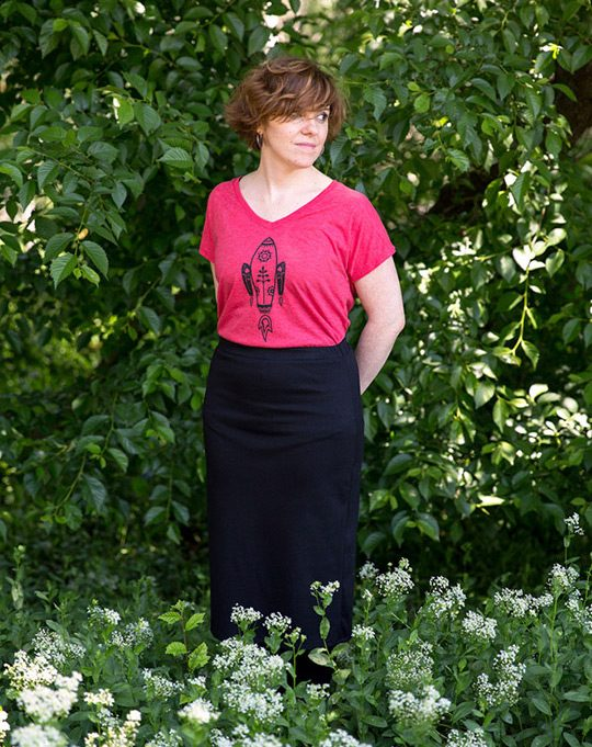 Camiseta roja de chica Cohete