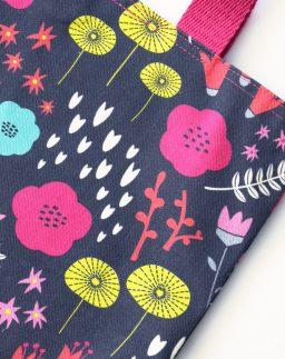 """Tote bag estampado Flora, colección """"En el bosque""""- Summer Cabin"""