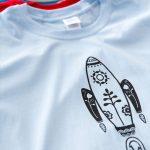 Camiseta azul de chico Cohete
